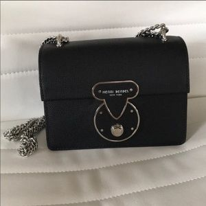 ⭐️MAKE OFFER  Henri bendel warren crossbody bag